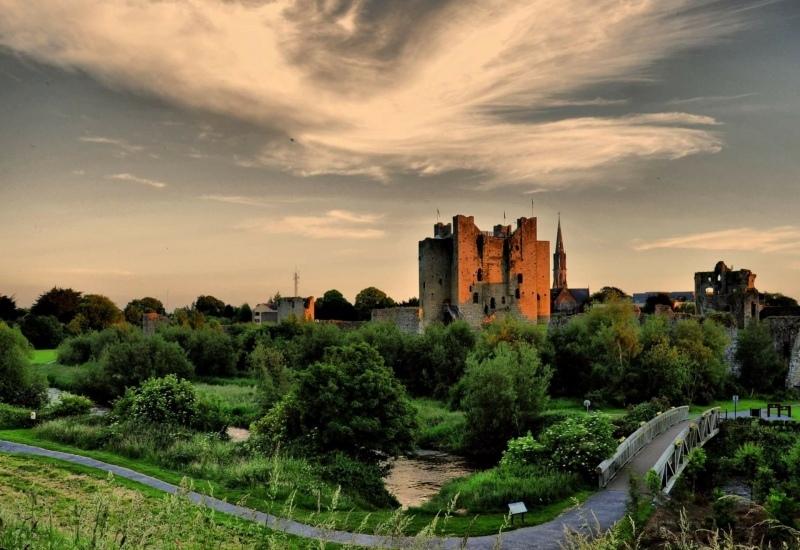 cropped trim castle view 1